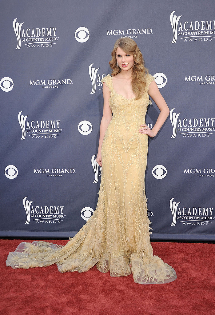 Rihanna, Brooklyn, and Taylor Rock the ACM Awards — Get a Glimpse of All the Glam!