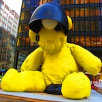 Giant Teddy Bear on Park Avenue, Etsy Designers at Hell&#039;s Kitchen Flea Market, and More NYC Weekend Tips