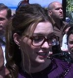 Video of Anne Hathaway in Gucci on Rio Red Carpet
