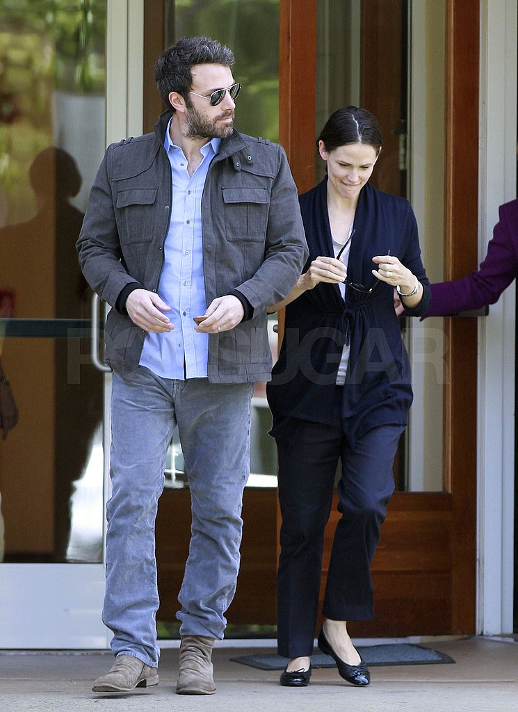 Jennifer Garner Spends the Afternoon With Her Hot Husband, Ben Affleck