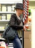 Scarlett Johansson Stocks Up on Groceries and Returns Home to Sean Penn