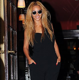 Beyonce Shows Side-Boob in Paris and Spends Easter With Jay-Z