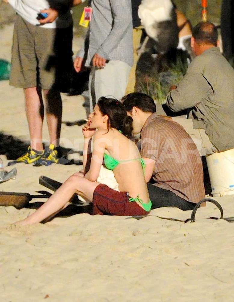 New Pics: Shirtless Robert Pattinson and Bikini-Clad Kristen Stewart Shoot Final, Steamy Breaking Dawn Scene!