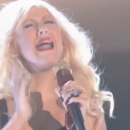 "Christina Aguilera, Cee Lo Green, and More Perform ""Crazy"" on The Voice"