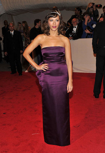 Rashida Jones in Stella McCartney