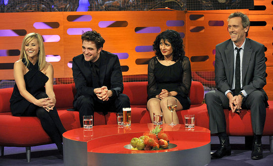 Robert Pattinson and Reese Witherspoon Laugh It Up and Drink Beer on The Graham Norton Show!