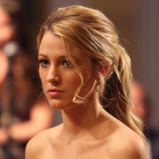 Serena in Gold Dress on Gossip Girl