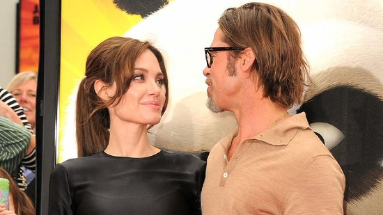 Video: Angelina Jolie and Brad Pitt Cozy Up to Fans at the Kung Fu Panda 2 Premiere!