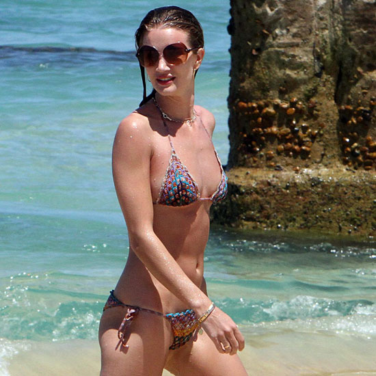 Rosie Huntington-Whiteley Takes a Bikini-Filled Getaway to Cabo