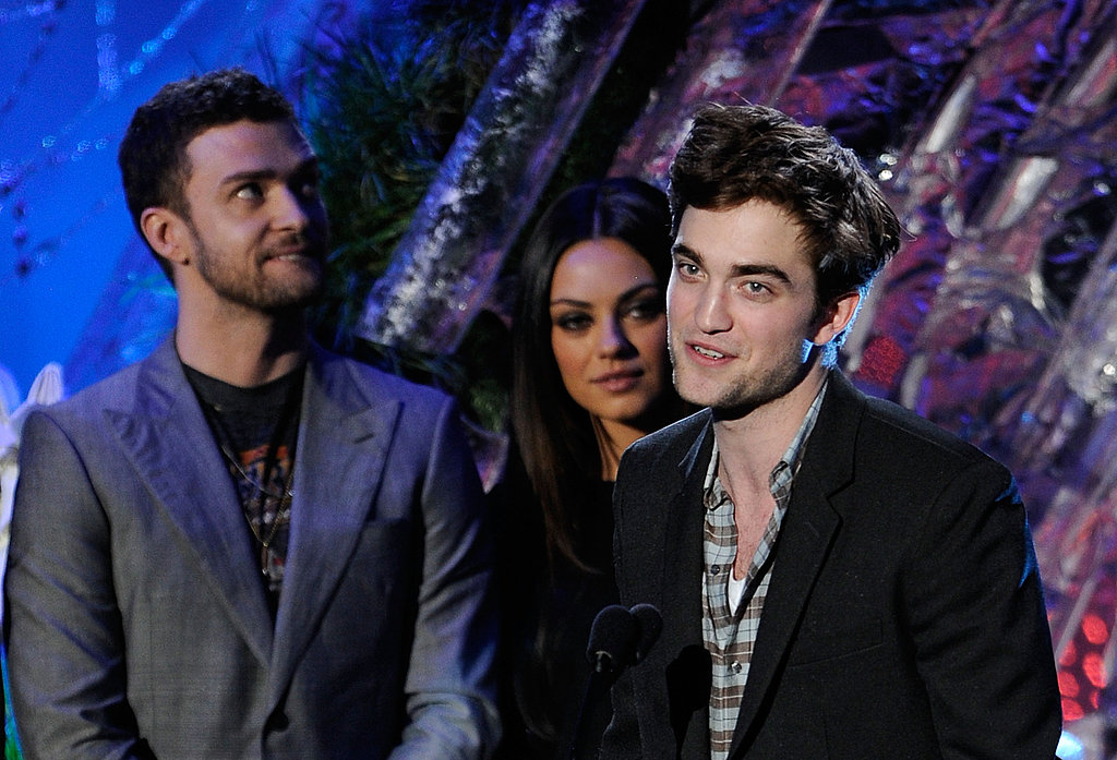 Sexy Robert Pattinson Scores MTV Movie Award For Best Male Performance!