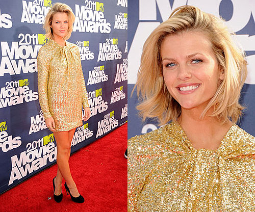 Brooklyn Decker in gold sequinned dress at 2011 MTV Movie Awards