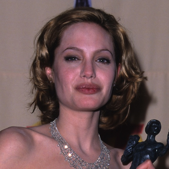 Abut a year-and-a-half later, Angelina was seen wearing this short, blond hairstyle. Do you think she makes a good blonde?