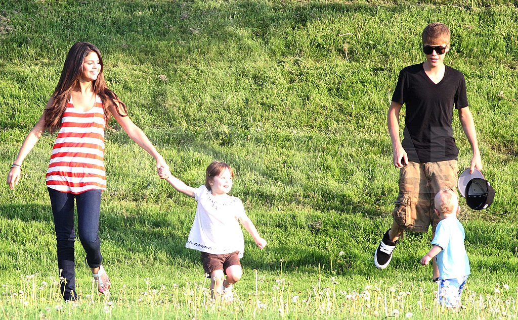 Justin Bieber and Selena Gomez Bring Their PDA From the Beach to a Park!