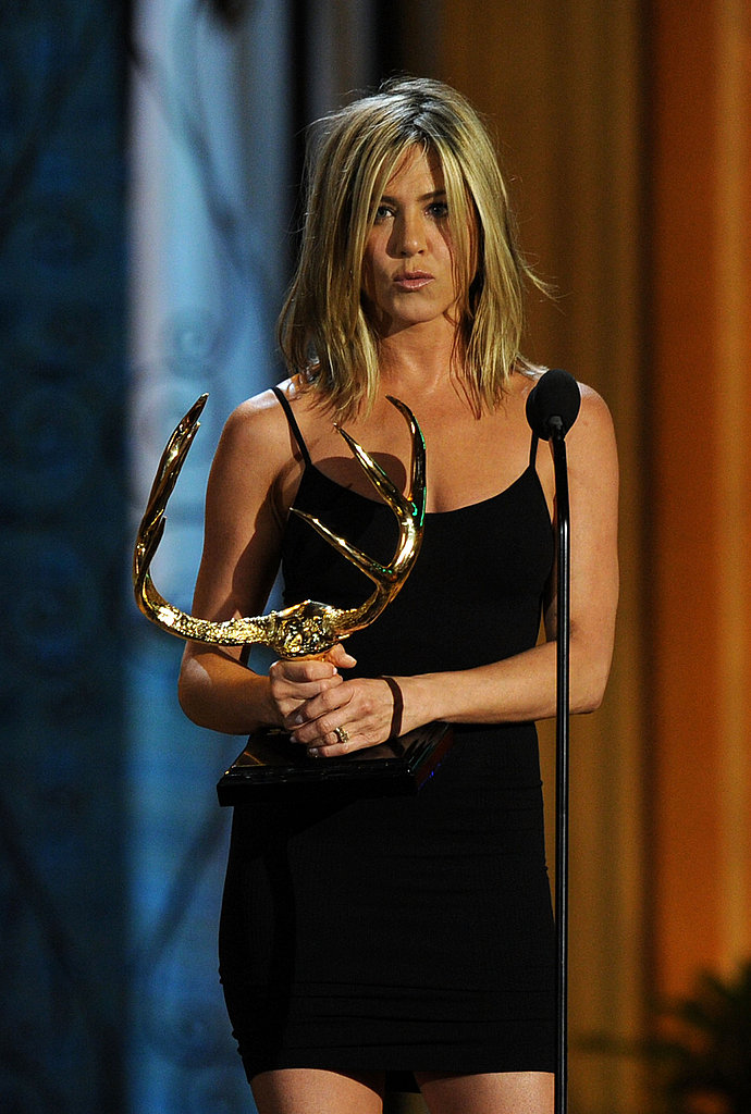 Jennifer Aniston Is Honored For Her Hotness at the Guys Choice Awards!