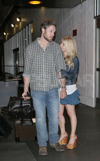 Jessica Simpson Cuddles Up to Eric Johnson as They Return Home to LA