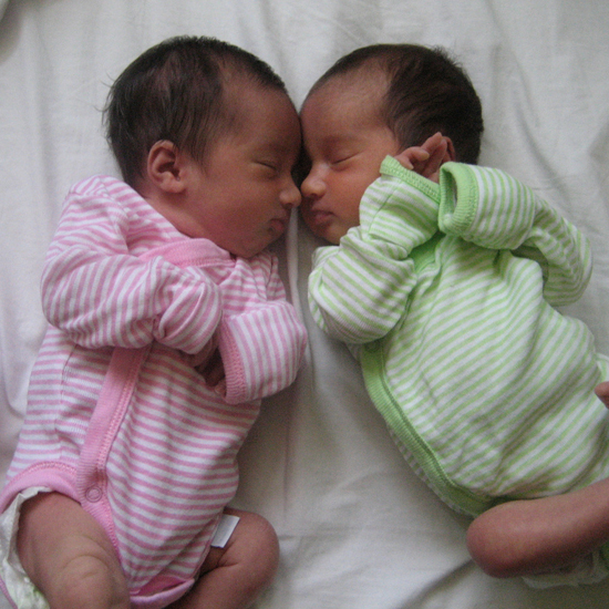 Double Trouble: Twin Baby Items to Make Mom's Life Easier