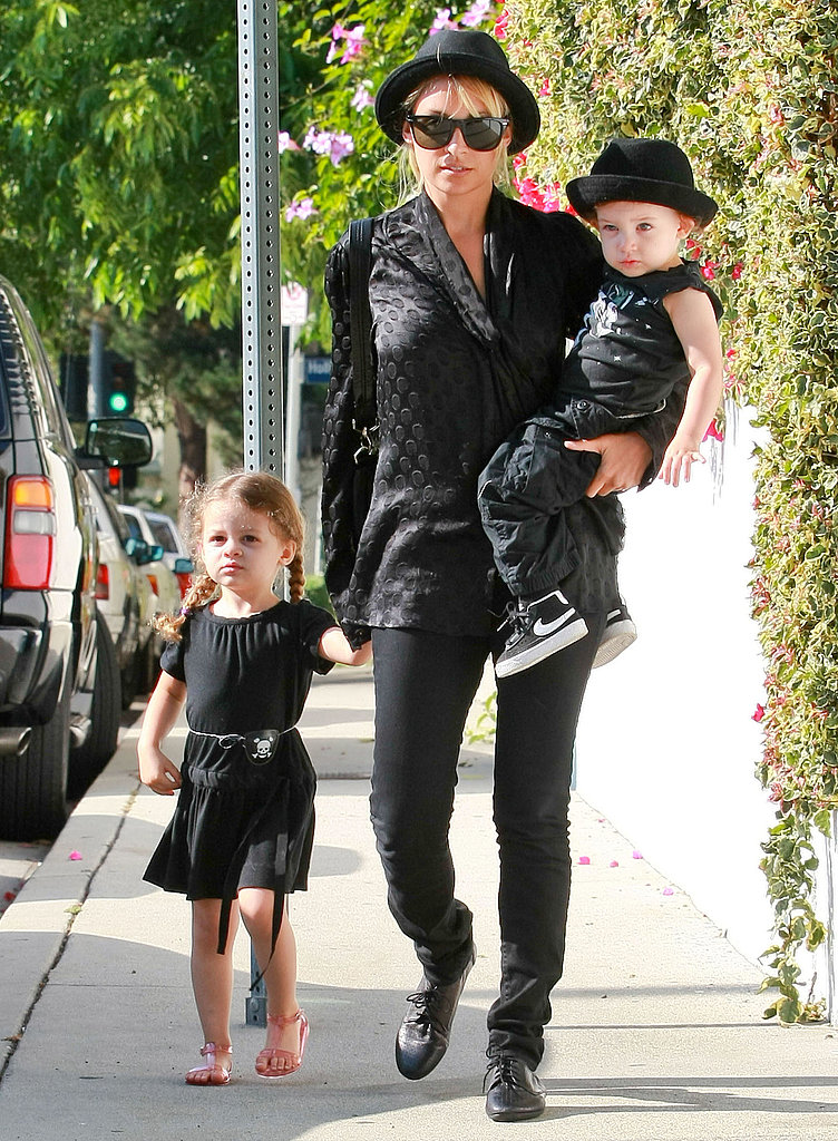Nicole, Harlow, and Sparrow Have a Matching Moment During Their Day Out