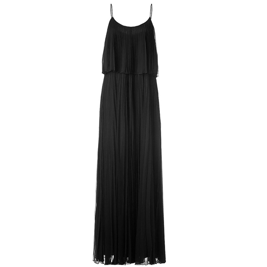 >> Accentuate the gorgeous lines of this pleated gown with platform heels and a refined clutch. Play up the '70s vibe with a whimsical pendant. Halston Heritage Pleated Maxi Dress , $1,060 Looks chic with: