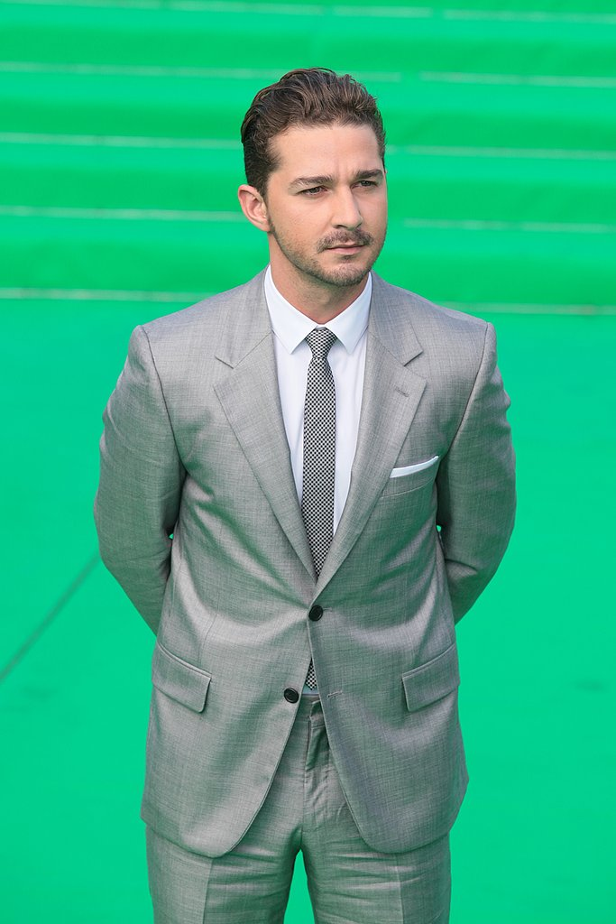 Shia LaBeouf chose a gray suit for the Moscow premiere.