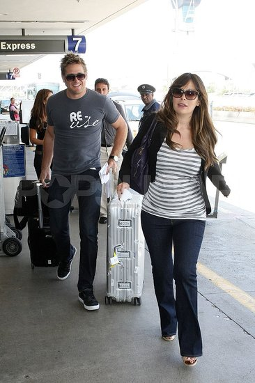 Parents-to-Be Lindsay Price and Curtis Stone Take Flight!