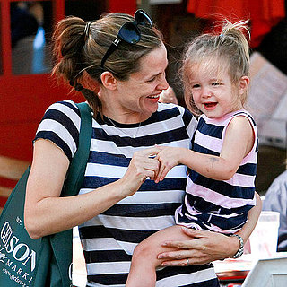 Jennifer Garner at Farmers Market With Seraphina and Violet