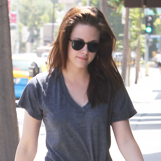 Kristen Stewart arrived at yoga solo.