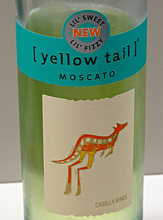 2011 Yellow Tail Moscato Review