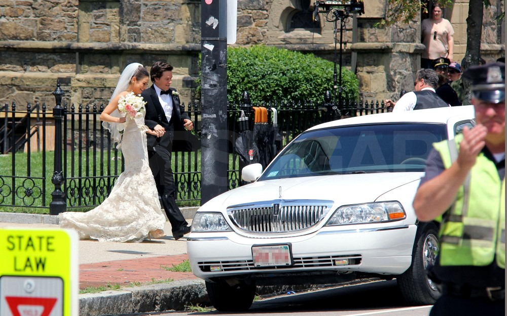 Mila Kunis and Mark Wahlberg hopped into an awaiting limo.