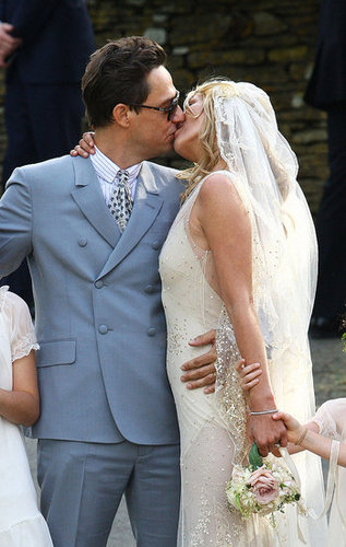 Pictures of Kate Moss Wedding to Jamie Hince: Her Hair, Makeup and Beauty