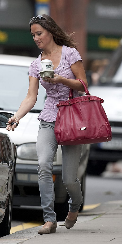 Pippa Middleton runs errands.