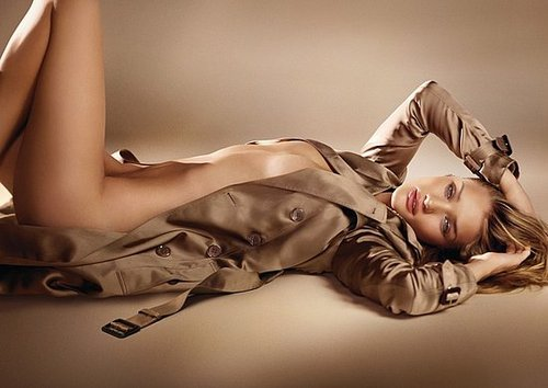 Rosie Huntington-Whiteley Strips Off For Burberry Body Ad