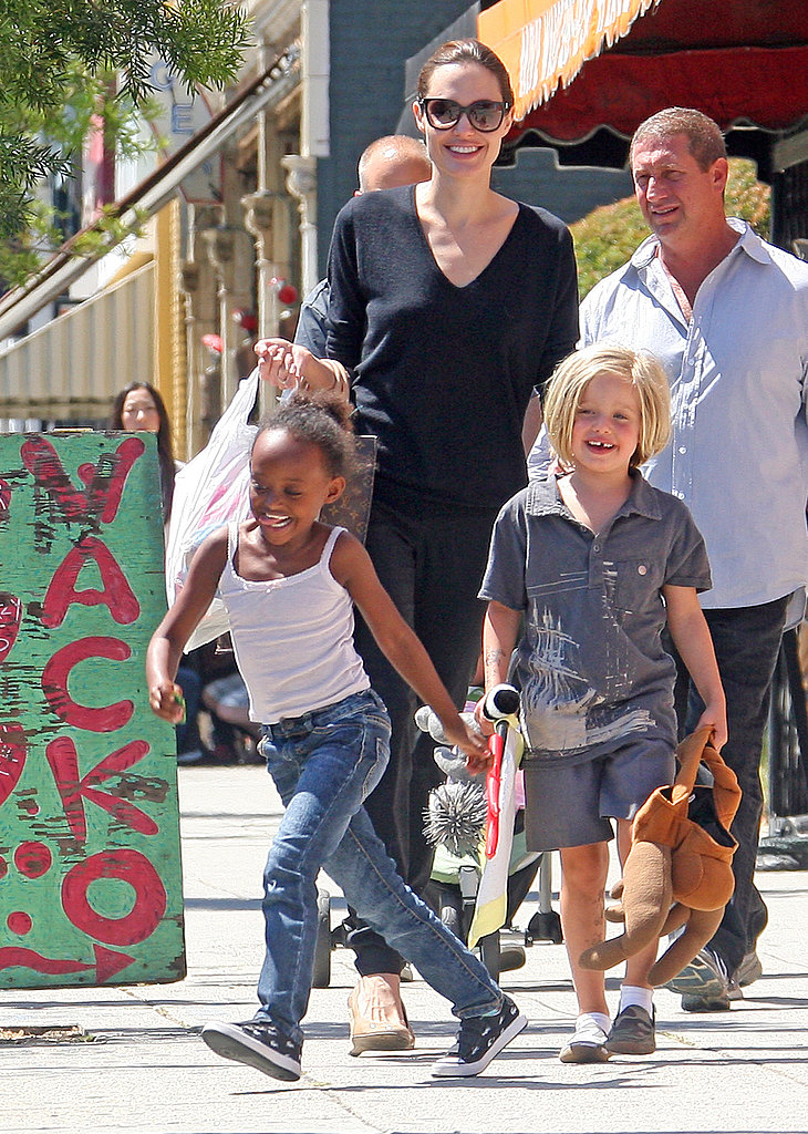 Angelina Jolie Shops LA With Shiloh and Zahara!