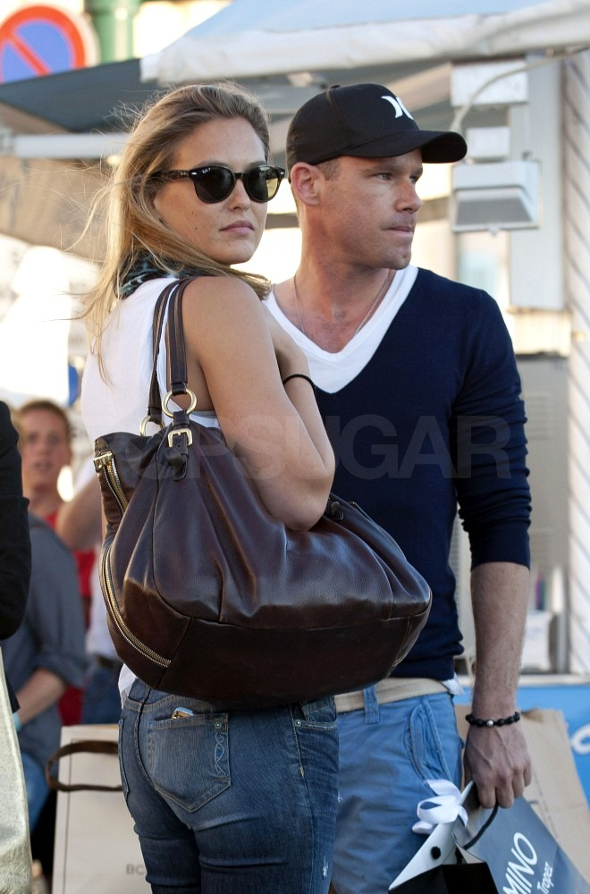 Bar Refaeli carried a BCBG shopping bag.