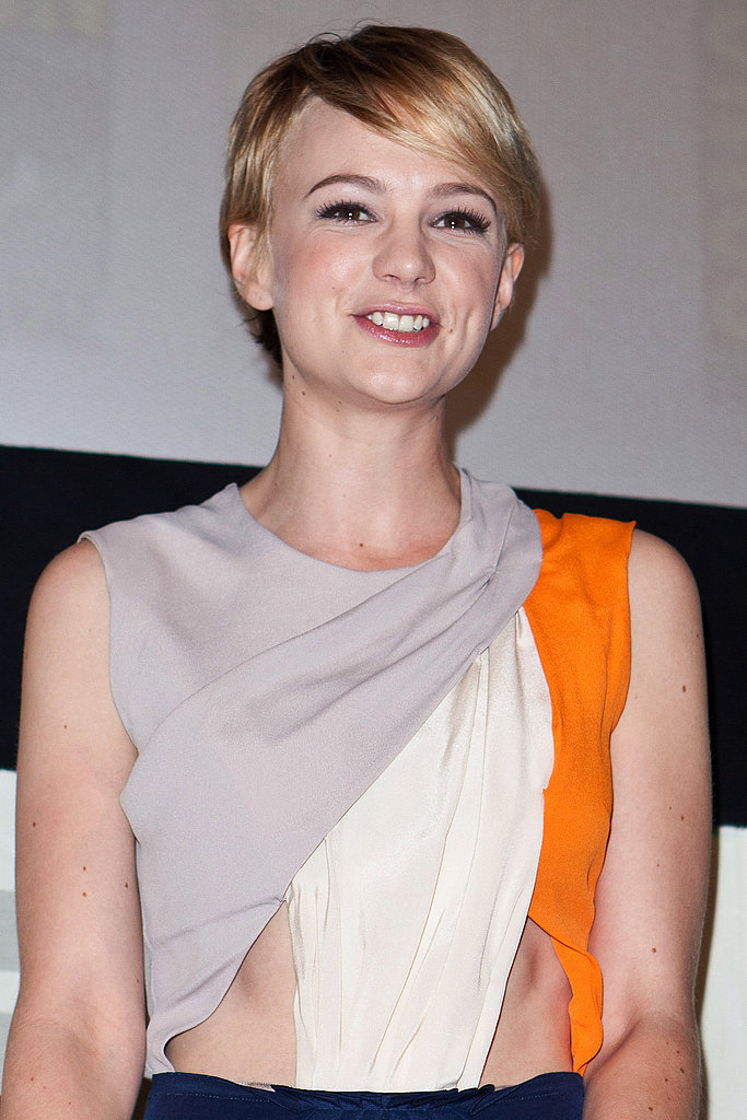 Carey Mulligan flashed a smile and some skin.