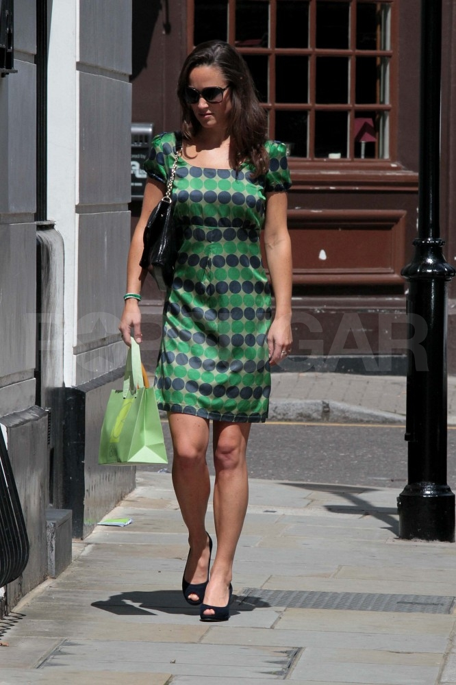 Pippa Middleton wears green to work.