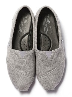 The Row For Toms Shoes: See the Cashmere Scuffs Mary-Kate and Ashley Olsens Co-Designed For Charity
