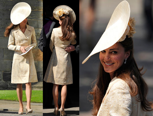 Pictures of Kate Middleton at Zara Phillips Royal Wedding See Her