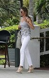 Cameron Diaz wore white pants in Miami.