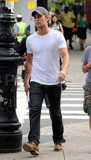 Chace Crawford on the Gossip Girl set.