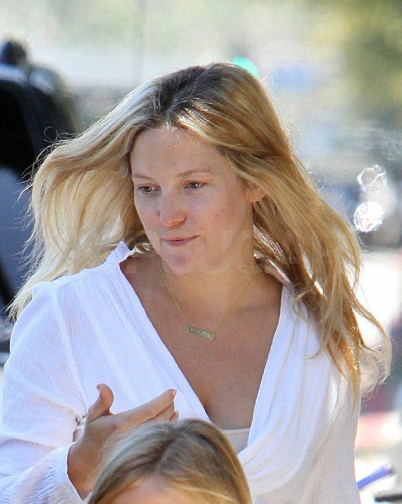 Kate Hudson looked lovely free of makeup in LA.