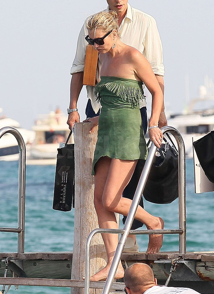 Kate Moss stepped into a boat.
