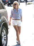 Reese Witherspoon runs errands solo.