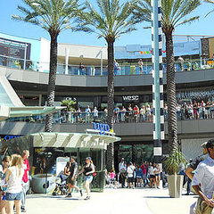 Santa Monica Place One-Year Anniversary Events