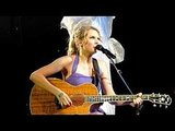 "Video of Taylor Swift Covering Eminem's ""Lose Yourself"" Performing in Grand Rapids, Michigan"