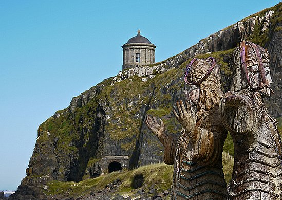 A Sneak Peek at Game of Thrones Season 2 Set!