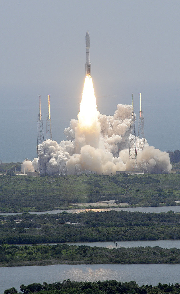 Pictures of the Jupiter-Bound Juno Spacecraft Liftoff