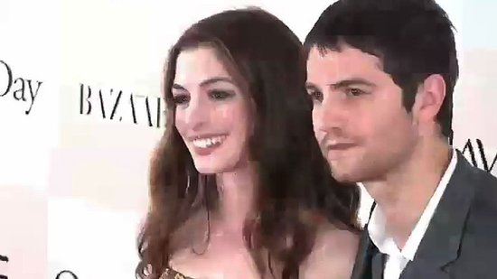 "Anne Hathaway Talks Turning 30 and Gushes Over Her ""Heartthrob"" Costar"