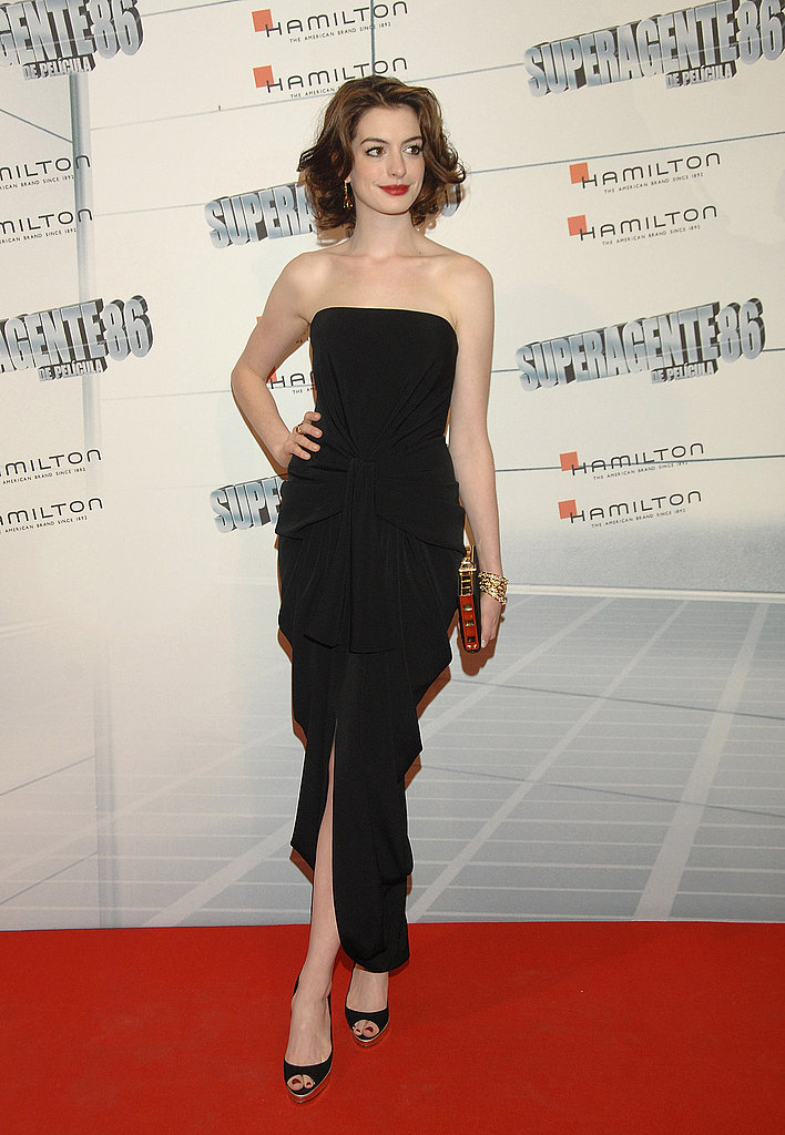 Super slick in a black strapless at the 2008 Get Smart Premiere in Madrid.