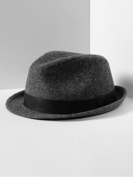 We can already picture this felt fedora with cropped trousers and a button-up blouse for a laid-back day at the theater.  Mad Men Collection Felt Fedora ($40)