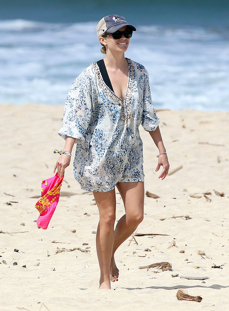 Reese Witherspoon in Kauai.